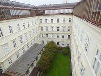 Rainerstrasse-2-Hofblick_918.jpg